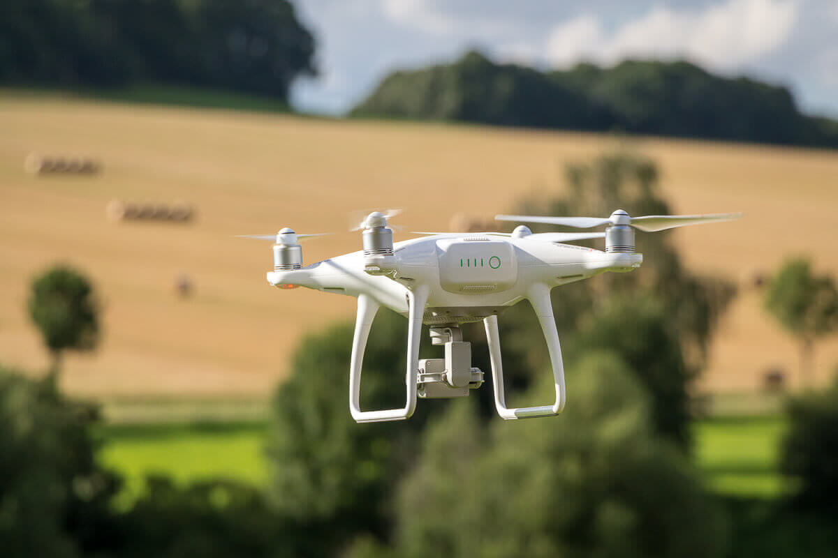 My Review of the DJI Phantom 4 (Standard, Advanced and Pro ...